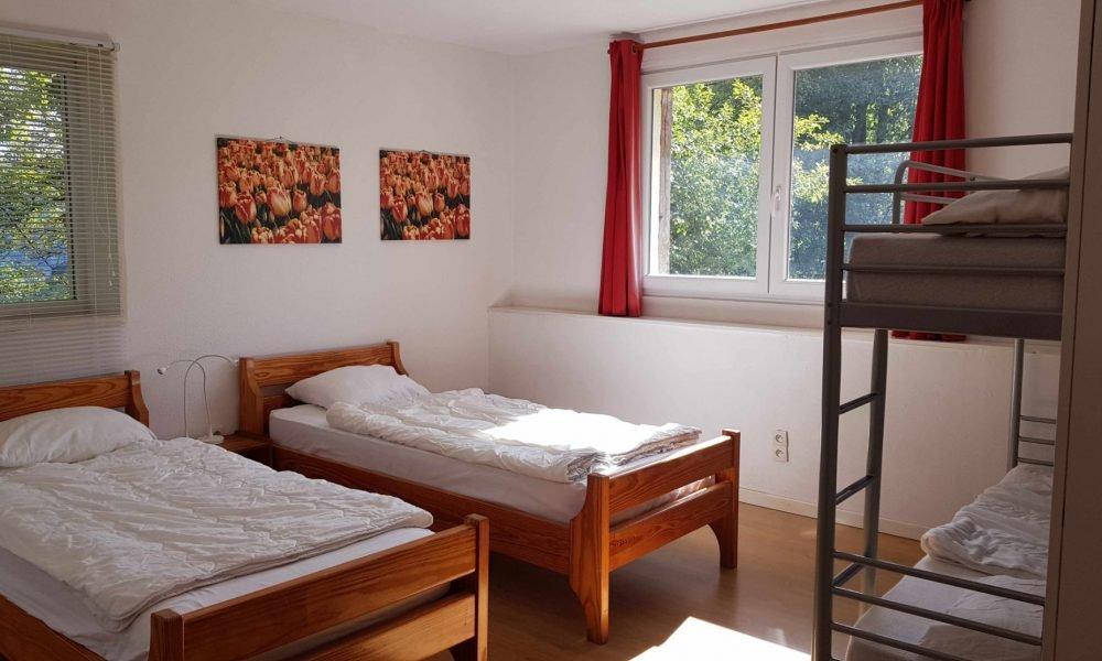Première de quatre chambres